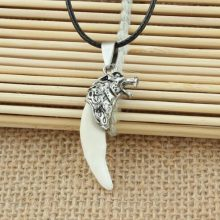 Game of Thrones Stark Wolf Tooth Pendant Necklace