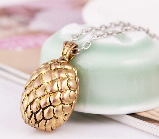 Game Of Thrones Dragon Egg Badge Necklace
